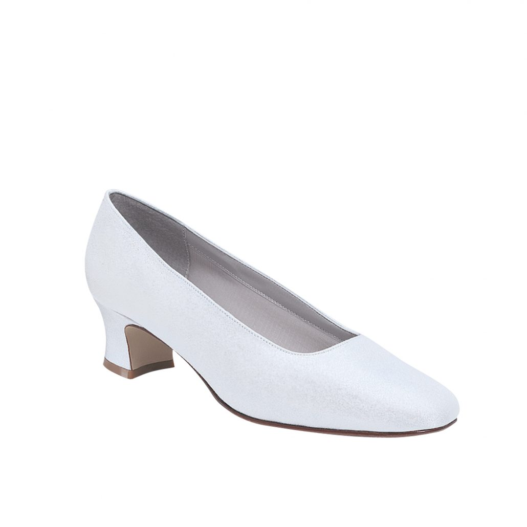 """ee5fcd5949b6 Custom Dyeing """"Luxe Or Crepe Boca"""" Bridal Shoes   Prom Shoes"""