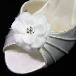SB702 FABRIC FLOWER SHOE CLIP