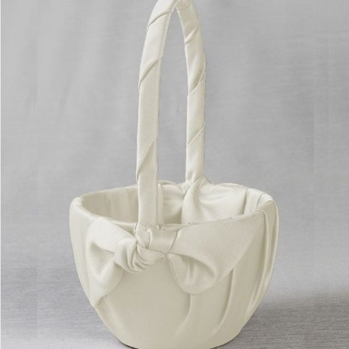 IVY LANE LOVE KNOT BASKET