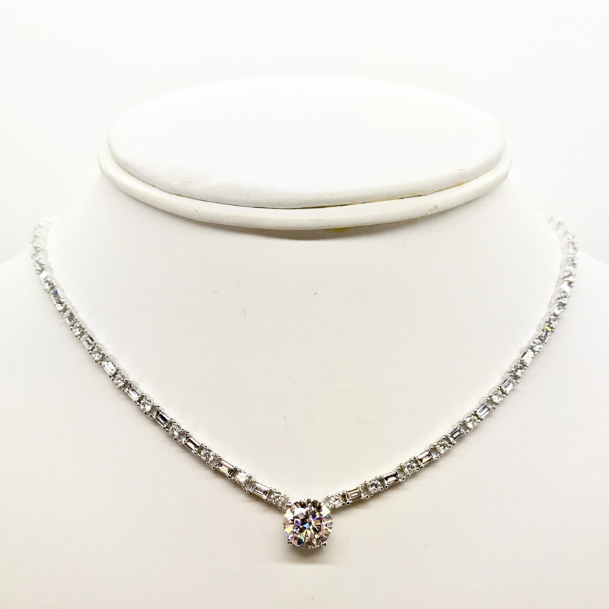 FAMILY JEWELS INTERNATIONAL NECKLACE 7060