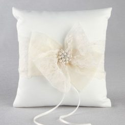 IVY LANE DELILAH RING PILLOW